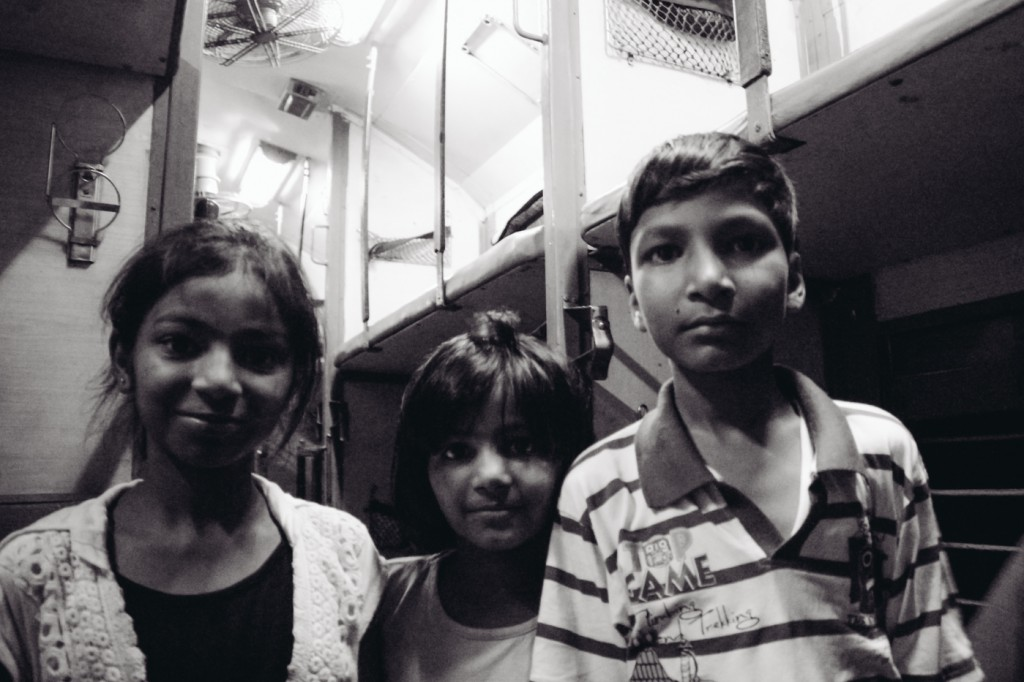 india-27-hours-train-delhi-9094
